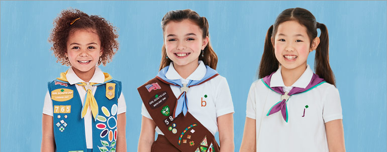The Official Girl Scouts Daisy Scarf New
